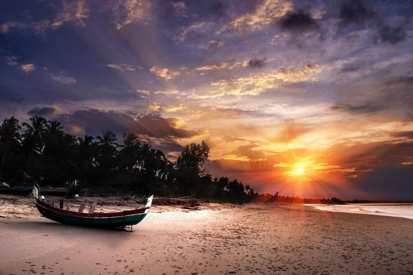 beach-237931_1280